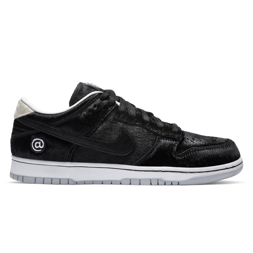 Nike SB x Medicom Toy Dunk Low OG 'Be@rbrick' QS (Black/Black-White)