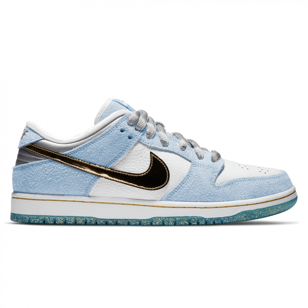 Nike SB x Sean Cliver Dunk Low Pro 'Holiday Special' (White/Metallic-Psychic Blue)
